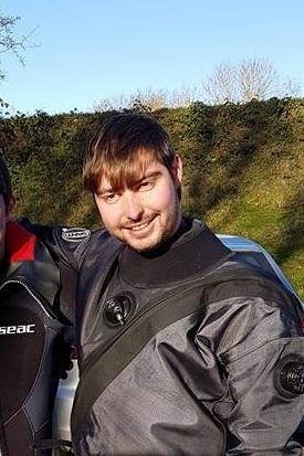 Stijn Heyndrickx in duikuitrusting